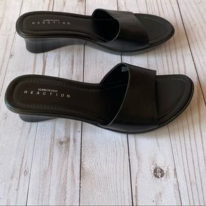 Authentic Kenneth Cole Slides/Mules